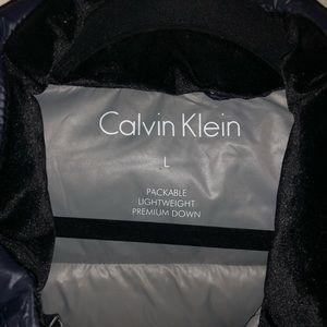 Women's Calvin Klein Coat (Size L)